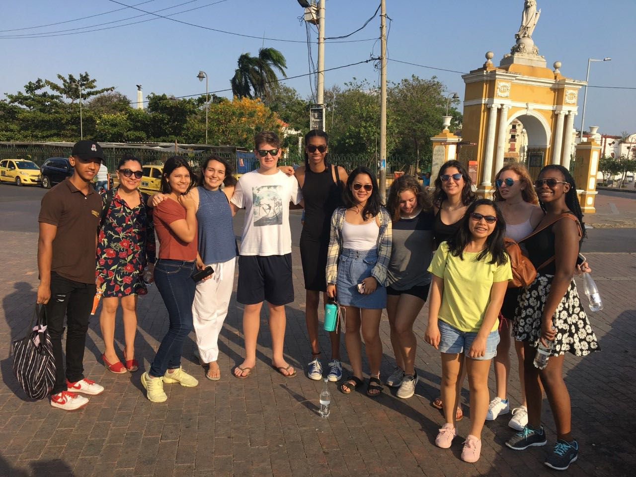 Sidwell Group Visits Cancer Patients in Cartagena